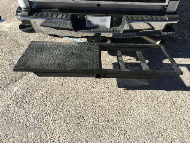 heavy-duty-tailgate-generator-rack